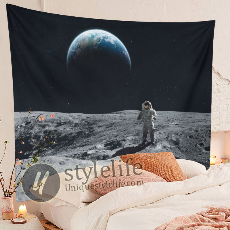 Cool Astronaut Landing Moon Space Tapestry
