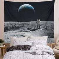 Cool-Astronaut-Landing-Moon-Space-Tapestry-02