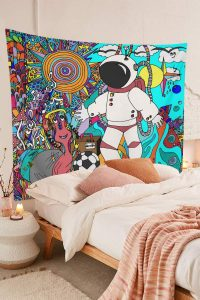 Cool-Astronaut-Psychedelic-Tribal-Ethnic-Flowers-Abstract-Doodle-Tapestry-01