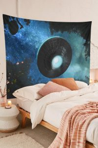 Spaceship-Tapestry-Alien-UFO-Flying-Blue-Starry-Sky-Forest-Tapestry-01